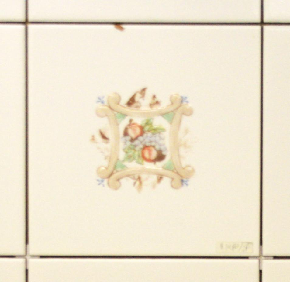 Sintra Ceramic tile with Fruit Features two apples and a bunch of grapes